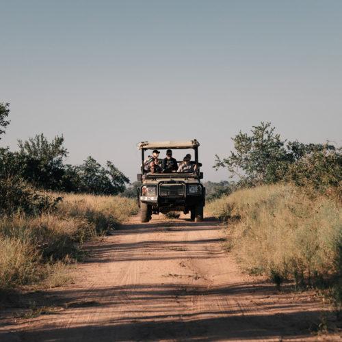 Imbali-safarivehiclewithguests-timhulme