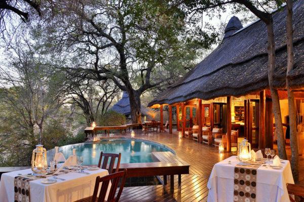 IMBALI-pool-deck-dinner